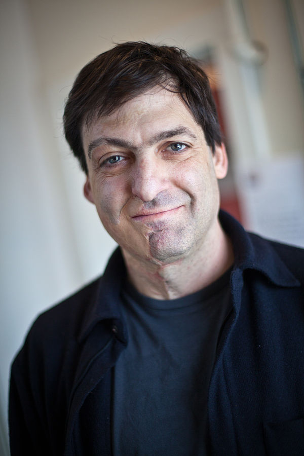 By PopTech - Flickr Dan Ariely - PopTech 2010 - Camden, Maine, CC BY-SA 2.0 wikimedia